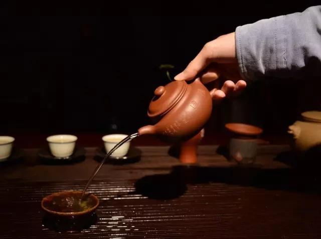 绿茶到底能不能用紫砂壶冲泡?